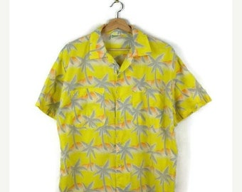 ON SALE Vintage Men's Yellow Hawaiian Shirt from 90's/Palm tree