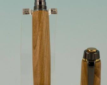 Classic Elite 2 Fountain Pen in Gunmetal and  Plum
