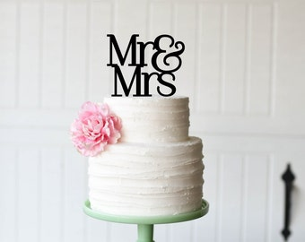 Wedding Cake Topper Mr and Mrs Cake Topper