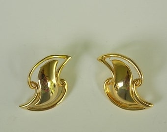 Clearance- Vintage Gold Tone Post Earrings
