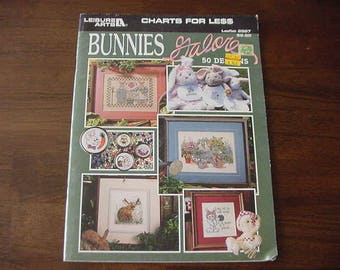 1997 Bunnies Galore Counted Cross Stitch, Leisure Arts 2967, 50 Designs