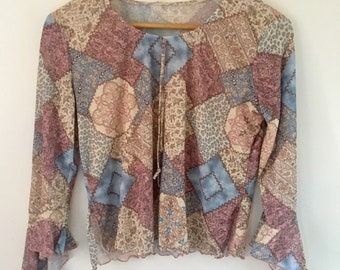 Multicoloured top with beautiful belle sleeves size 8