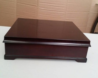 La Compagnie  Bombay  Wooden  Jewelry  Box 12X11X4