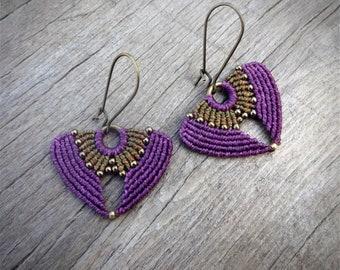 Macrame earrings, handcrafted earrings, seed beads, amethyst color