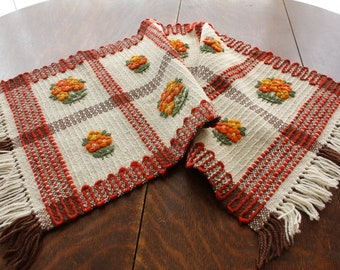 Vintage Polish Tapestry Weaving Wool Table Runner Centerpiece 16 x 44