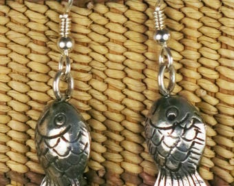 Hill Tribe Sterling Silver Fish Earring Gift -3 Dimensional Fish Hill Tribe Earring Gift - Sterling Silver Earring Hooks