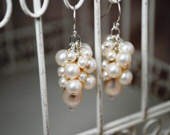 Boucles d'oreilles mariées, boucles d'oreilles perle, en forme de larme perle boucles d'oreilles, boucles d'oreilles perle de Swarovski Champagne, mariage boucles d'oreilles, boucles d'oreilles élégantes
