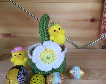 Crochet Easter egg basket, handmade, new,green with daisy