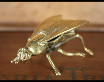 Ashtray, brass, bee, fly Vintage ashtray, case, jewelry, trinket, insect brass fly brass bee, interior design