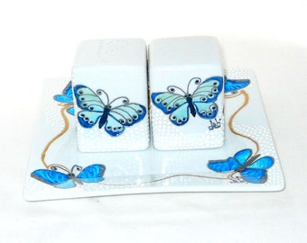 Butterfly Salt Pepper Shakers Hand Painted Porcelain Tabletop Accessory Wedding Hostess Set 3 Pieces