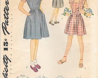 Simplicity 1266 1940s Girls Sundress Jumper and Blouse Vintage Unprinted Sewing Pattern Size 10 Breast 28