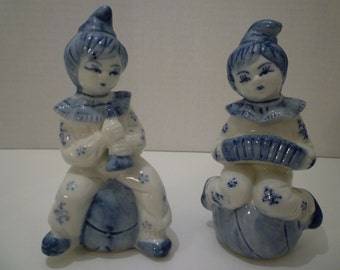 BLUE and WHITE CLOWN Figurines.Children Musicians Delft Style Figurines. Vintage 1950's. Collectible Musician Ornaments. Figurines Children.