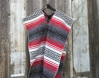 Mexican Poncho | Mens Large/XL Poncho | Mexican Blanket Poncho | Mens Vintage Clothing