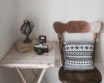 KNITTING PATTERN | Hytte Pillow | Fair Isle Colourwork Knitting Pattern