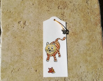 Tabby cat silver metal charm bookmark