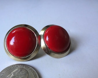 Vintage Clip On Earrings Round Red And Gold Tone Costume Jewelry 1 Inch