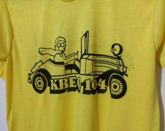 Vintage T-Shirt KBEQ 104 Kansas City's Favorite Radio Station The Super Q Large 42-44 Yellow