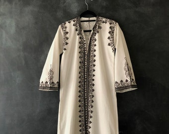 70s Turkish Morrocan Kaftan Robe Duster Embroidered Maxi Dress White with Brown Embroidery Hippie Boho Cotton Long Dress Ladies S/M