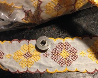 17 YARDS Brown, Gold, White floral 2 in wide FLAT LACE trim