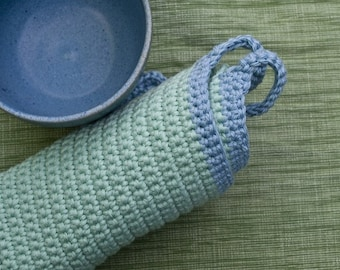 Eco friendly pastel coloured pot holders / Cooktop Lullaby //  crocheted pot holders organic cotton