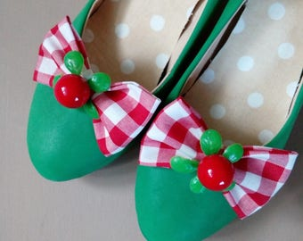 shoes clips bows red checkered
