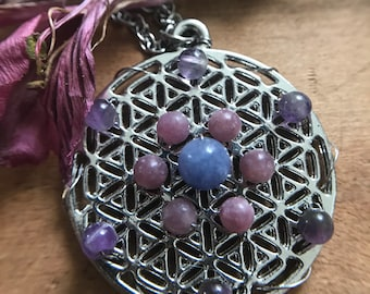 Flower of Life Necklace // Amethyst, Lepidolite, Angelite Crystal Grid Necklace // Sacred Geometry Necklace for Intuition, Psychic Gifts
