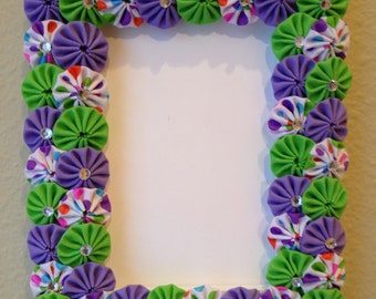 Wood 4 X 6 Frame covered with purple, green and white multi fabric yo-yos