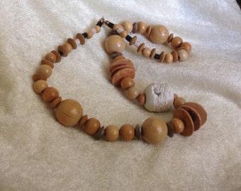 VINTAGE Wood Bead Necklace