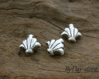 Handmade Lily Flower Silver Beads,Oxidized Silver Beads,Floral Beads,approx: 10.5x9.5mm.,4 pcs.