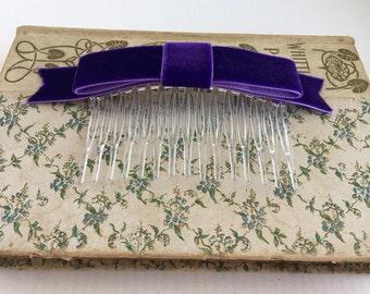 Purple Velvet Bow Hair Comb.Purple Velvet Bow Hair Clip.Purple Hair Piece.Hair Accessory.Purple Velvet Headpiece.Flower girl.Fascinator