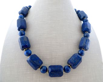 Lapis lazuli necklace, blue stone necklace, chunky necklace, beaded necklace, large bead necklace, uk choker, gemstone jewelry, gioielli