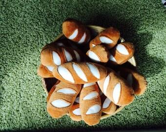 bread: mini baguette / Pain/ Brot (pretend food playfood / dînette en feutrine/ Spielküche)