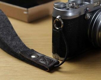 Camera Hand Strap Wrist Strap 100 % Wool Felt Vegetable Tanned Leather -HEIDSCHNUCKE