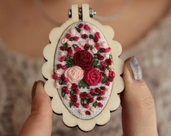 Embroidered Necklace, Mini Hoop Necklace, Embroidery Jewelry, Floral Embroidery Necklace, Flower, Embroidery Art, Gift for Her, Handmade