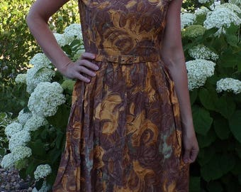 50's 60's brown COTTON DAY DRESS with cap sleeves and belt S (B2)