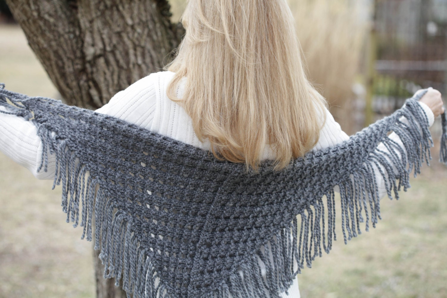 Loom knit eyelet triangle shawl pattern lace scarf loom zoom bankloansurffo Choice Image