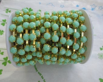 New item Opaque color rhinestone chain ( Gold tone ) 5mm stone 50cm Mint Green