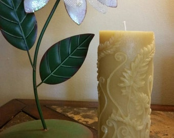 100% pure beeswax 6 in pillar candle fern design