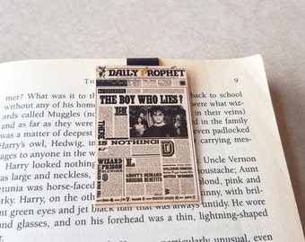 Harry Potter's Daily Prophet Magnetic Bookmark