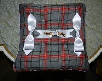 grey and red wedding ring cushion