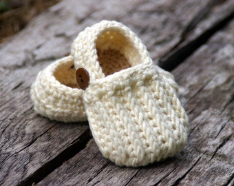 Baby Booties Crochet Pattern Easy  On Loafers - Knit look crochet - Crochet Pattern 104 - Instant Download L