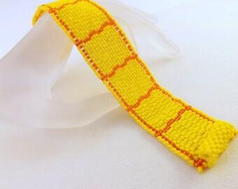 Peyote Bracelet /   Sunshine Bracelet / Beaded Bracelet in Yellow and Orange  / Seed Bead Bracelet / Beadwoven Bracelet /  Sale / Clearance