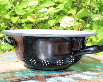 Vintage enamel colander / strainer, black
