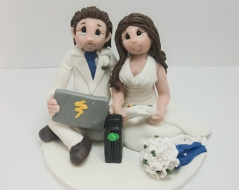 Gamers Wedding Cake topper, Custom wedding cake topper, personalized cake topper, Bride and groom cake topper, Mr and Mrs cake topper