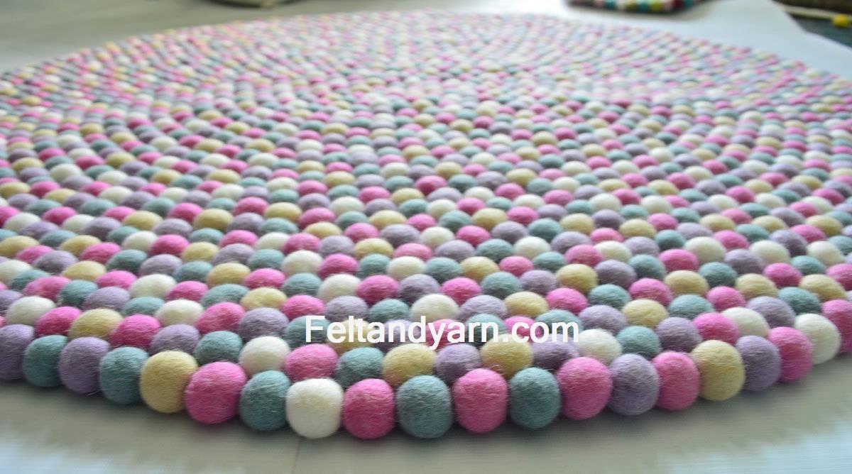 Rosa Fünf Farbe Filz Kugel Teppich In Verschiedenen Größen