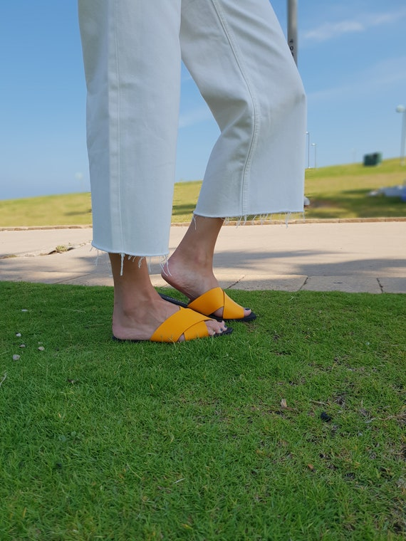 Green Women's Slip Sandal Women's On Sandals Sandals Criss Slides Sandals Cross Leather Flat Shoes Mule Sandals Leather Flat Sandals xqXqwrPAR