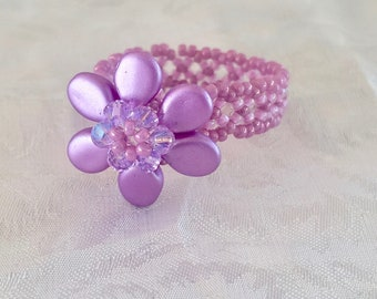 Flower ring, Women's, Jewelry, Gifts, Swarovski Crystal, Beaded rings, Allergy free, Special Occasion, Birthday, Mother's Day,