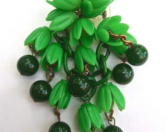 BAKELITE Green Floral & Berry Brooch, Celluloid, Dangles, Vintage