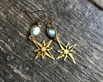 Gold Labradorite Earrings,Labradorite Earrings Gold,Gold Earrings Labradorite,Raw Stone earring,Gold Star Earrings,Northstar Earrings Gold