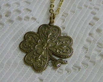 Antiqued Gold 4 Leaf Clover Necklace - LUCKY Charm - Shamrock - Irish Jewelry - Irish Wedding